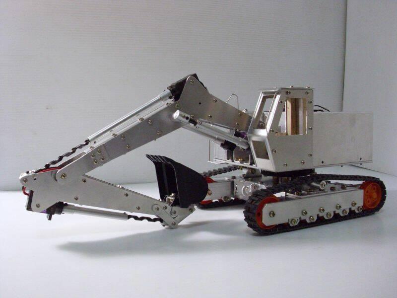 手工自制挖土机 未完待续 机器人 重机械 台湾遥控模型 Powered by Discuz